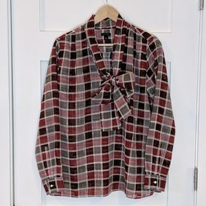 Ann Taylor red plaid pussy bow blouse top M